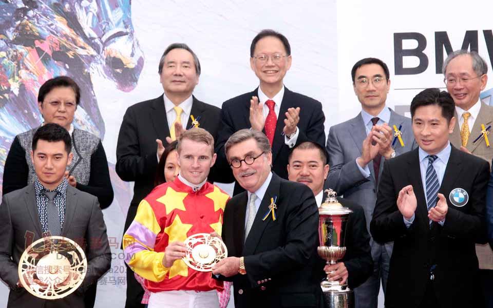 2014香港赛马打吡大赛精彩现场