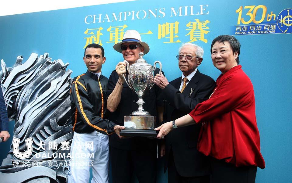 2015香港赛马冠军一哩赛精彩图集